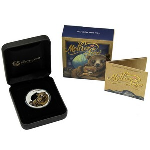 2014 P Tuvalu Silver Mothers Love Brown Bear Half Ounce Proof in OGP
