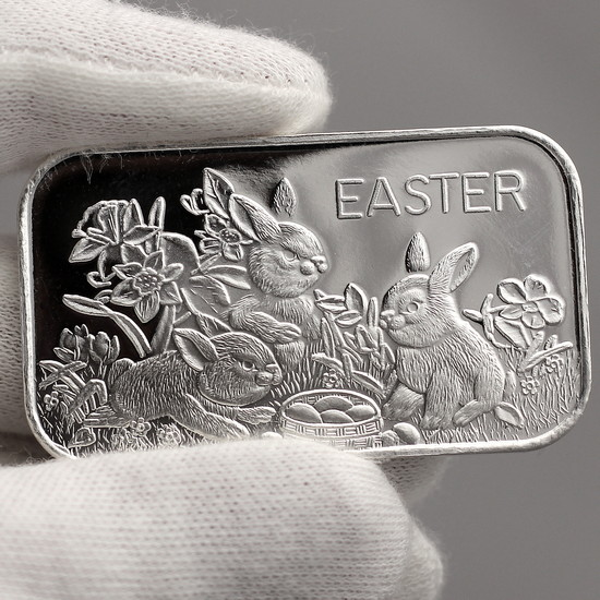 Close Up Plain Silver Easter Bunny Rabbits & Basket 1oz .999 Silver Bar Dated 2020
